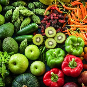 واردات میوه و سبزیجات